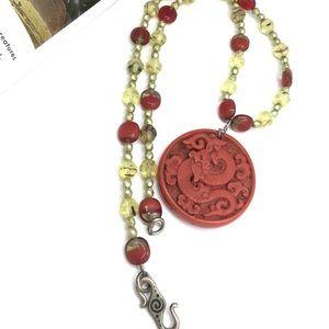 Vtg hand carved reversible dragon glass necklace